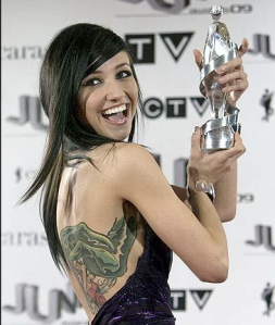 Lights celebrates as she wins Best New Artist of the Year